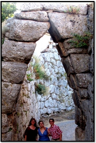 Hidden Italy: The Forbidden Cyclopean Ruins (Of Giants From Atlantis?)