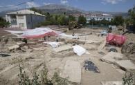 Slobodna Dalmacija - Bagerom zatrpali ostatke bedema iz doba Salone i nikom ništa: privatna arheološka tvrtka i nadležni konzervator proglasili nalazište nevažnim, iako se radi o vrlo važnom otkriću